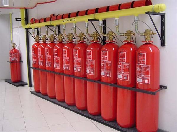 أجهزة مكافحة الحرائق التي تعمل بالغاز